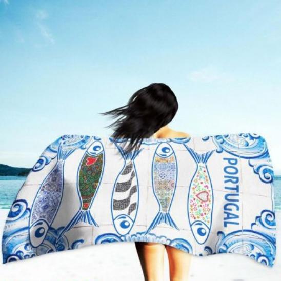 Sardines & Portuguese Tiles Microfiber Beach Towel 180 x 100 cm